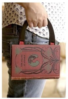 I love it!! Book purse