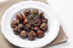 Μανιτάρια Ψητά με Μπαλσάμικο Sprouts, Vegetables, Food, Essen, Vegetable Recipes, Meals, Yemek, Veggies, Eten