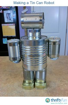 This is a guide about making a tin can robot. This is a great recycle project for you and the kids to make together. Recycled Robot, Recycled Crafts, Recycled Clothing, Recycled Fashion, Tin Can Man, Tin Man, Tin Can Robots, Soda Can Crafts, Kids Crafts