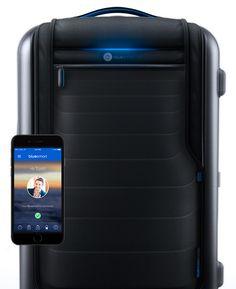 BlueSmart - New Hightech Smart Suitcase.