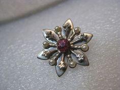 "Vintage Pair Gold Tone Snowflake Brooches, Pink Rhinestones, Faux Pearls, 3/4"" #Unbranded"