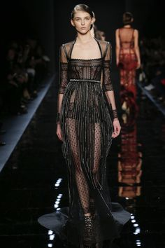 Reem Acra Fall 2016 Ready-to-Wear Fashion Show   http://www.theclosetfeminist.ca/  http://www.vogue.com/fashion-shows/fall-2016-ready-to-wear/reem-acra/slideshow/collection#21