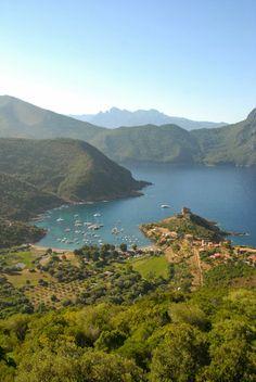 Girolata in Corsica, www.louercorse.com