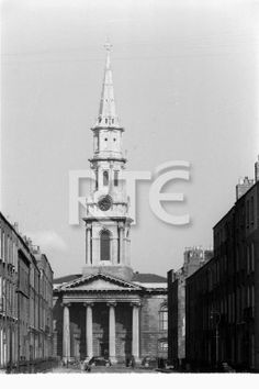 A view of St George's Church of Ireland on Hardwicke Place, Dublin city, in 1952 or 1953. This shot was taken from Hardwicke Street; note the terraced Georgian buildings on both sides of the street. St George's Church was built between 1802 and 1813 by the architect Francis Johnston; its spire is 200 feet in height. Collection RTÉ Johnson Collection Photographer Johnson, Nevill