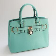 Cute Handbags for June Summer - Top Picks - Mimi Boutique Wallets For Girls, Cute Wallets, Cute Handbags, Purses And Handbags, Handbag Accessories, Fashion Accessories, Purse For Teens, La Petite Boutique, Side Purses