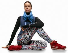 I FREAKING love these new leggings!! NIKE Holiday 2012