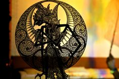 Wayang kulit, shadow puppets prevalent in Java and Bali in Indonesia, are without a doubt the best known of the Indonesian wayang. Kulit means skin, and. Shadow Art, Shadow Play, Dark Fantasy Art, Royal Ballet, Wallpaper Pictures, Hd Wallpaper, Indonesian Art, Tattoo Design Drawings, Krishna Pictures
