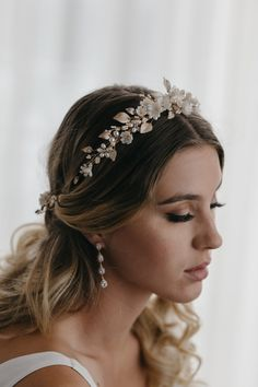It was a joy to work with Daniela to create a pale gold wedding crown for her wedding. We drew inspiration from the beautiful Lyric and Enchanted styles. Gold Wedding Crowns, Headpiece Wedding, Wedding Veils, Bridal Headpieces, Bride Tiara, Wedding Garters, Bride Accessories, Wedding Hair Accessories, Wedding Jewelry