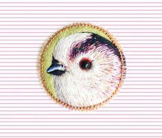 Bird . brooch . handmade . felt . needle felted . embroidery . animal