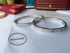 White Gold Cartier love Bracelet Thin vs Thick – HoooFashion Love Bracelets, Cartier Love Bracelet, Bangles, Pink And Gold, White Gold, Jewellery, Diamond, Animales, Bracelets