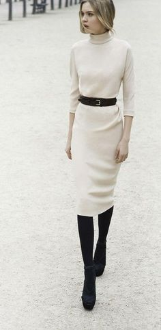 Stylish And Edgy Work Outfits For Winter - Kleider Modelle Beste Edgy Work Outfits, Mode Outfits, Office Outfits, Winter Office Outfit, Stylish Outfits, Fall Outfits, Modest Winter Outfits, Dress Outfits, Winter Boots Outfits