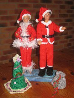Bonjour à toutes, Aujourd'hui je voulais vous montrer un lot que j'ai préparé pour mon futur marché de noel, Il est composé des 2 tenues pour Barbie et Ken, plus le sapin, plus la hotte mais sans les poupées, et sans le support, mais peut-etre que je...