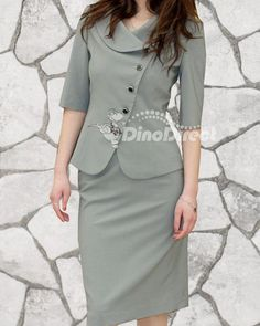Google Image Result for http://p.lefux.com/61/20100730/A2539000AG/skirt-suit-five-button-three-quarter-sleeves-women-1-Gallay.jpg