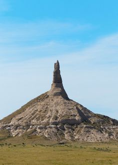 Chimney Rock, Nebraska - US - Rising like a lighthouse above the rolling plain, it is an  eroded remnant of rocks that once blanketed the entire area.