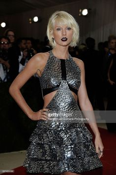 Taylor Swift attends 'Manus x Machina: Fashion In An Age Of Technology' Costume Institute Gala at