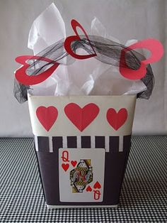Alice in Wonderland party favors