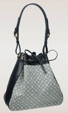 Louis Vuitton Noé - The design of this bag was created in 1932 and was originally intended to carry champagne bottles!