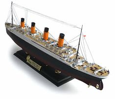 """Here are some more images of Academy's scale R. From Wikipedia"""" RMS Titanic was a British passenger liner. Titanic Wreck, Real Titanic, Titanic Sinking, Hobbies For Couples, Hobbies For Women, Hobbies To Try, Building For Kids, Boat Building, Model Building"""