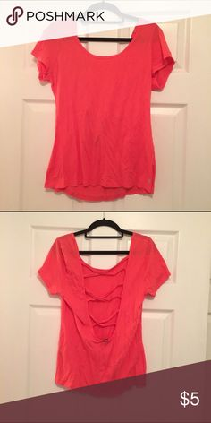 Forever 21 Workout Tee Only worn once for a social Forever 21 Tops Tees - Short Sleeve