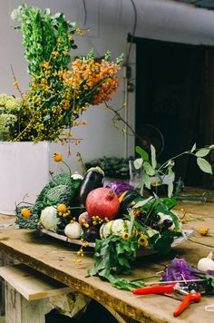 Step by Step - how to make a Thanksgiving centerpiece with fall vegetables - from The Kitchn on The Splendid Table.