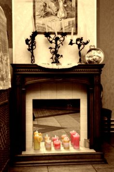 Tips on Operating a Gas Fireplace-Annual maintenance can prevent buildup of materials in the fireplace mechanism that can lower efficiency and increase heating bills. Read more: http://www.ehow.com/list_7309425_tips-operating-gas-fireplace.html#ixzz2mkebMxXx
