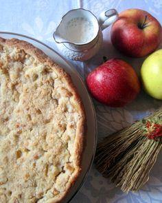 Crostata di mele con crumble di mandorle - Apple tart with almond crumble