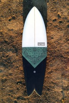 Beginners Surfing Tips I want to be a cowboy – SIA twin fin - PIETY Surfboards - Fish Surfboard, Surfboard Painting, Surf Design, Burton Snowboards, Deco Surf, Style Surfer, Surfing Tips, Sup Yoga, Posca