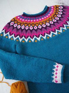 Knitting Patterns Free, Free Pattern, Icelandic Sweaters, Fair Isle Pattern, Knitwear, Knit Crochet, Colours, Wool, Inspiration