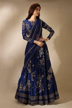 Wearing a blue bridal lehenga for your big day? These blue bridal lehengas will up your glamour quotient. The unique lehenga is in huge demand nowadays. Take cues from these designer lehenga. Indian Bridal Outfits, Indian Fashion Dresses, Dress Indian Style, Indian Designer Outfits, Dress Fashion, Designer Dresses, Women's Fashion, Fashion Weeks, Fashion Outfits
