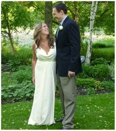 Ivory hammered silk maternity sheath wedding gown with jade sash <3  https://www.etsy.com/listing/95722214/ivory-empire-waist-maternity-wedding