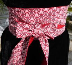 47b39c7e95a4 Ceinture obi tissu, style japonais, design écaille rouge et blanc, doublée  lin rouge