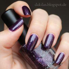 Dakila´s NailBlog - Kiko - 255 Violet Microglitter