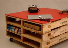 Pallet Office Furniture - 3 Unique Ways to Use Pallets | 99 Pallets