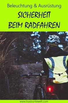 Im Dunkeln Radfahren ist gefährlich. Ich verrate dir, wie du mehr Sicherheit beim Radfahren im Dunkeln bekommst und welche Ausrüstung und Beleuchtung ich persönlich nutze. Diese Ausrüstung ist ultra praktisch und flexibel einsetzbar. Egal ob Rennrad, Mountainbike oder Stadtrad.   #sicherheit #dunkelheit #fahrrad #radfahren Radler, Darth Vader, Comic Books, Mushroom Recipes, Comics, Lifehacks, Fictional Characters, Blog, Winter Cycling
