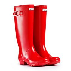 Huntress Gloss Red Hunter Boots in red. possible graduation gift to myself? Red Knee High Boots, Red Rain Boots, Wellies Boots, Shiny Boots, Hunter Huntress Boots, Red Hunter, Hunter Rain Boots, Boating Outfit, Shoes