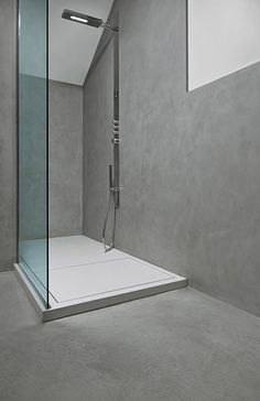 Microtopping®: microcement floors and facings for walls, interior and exterior surfaces; Ideas Baños, Beton Design, Wall And Floor Tiles, Wet Rooms, Floor Decor, Floor Design, Bathroom Flooring, Home Renovation, Furniture Design