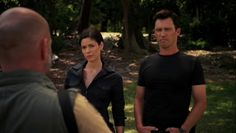 "Burn Notice 5x08 ""Hard Out"" - Michael Westen (Jeffrey Donovan) & Agent Pearce (Lauren Stamile)"