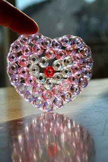 Holly's Arts and Crafts Corner: Craft Project: Pony Bead Sun Catchers - NO MELTING!!! JUST GLUE :D
