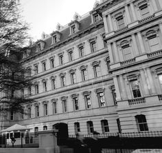 Old Buildings, All Pictures, Travel Photography, Multi Story Building, Louvre, Instagram, Travel Photos