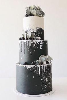 30 Black And White Wedding Cakes Ideas ♥Black and white wedding cakes are never go out of style. Its always exquisitely & yet timeless. #wedding #bride #weddingcake