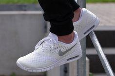 24 beste afbeeldingen van Shoes Nike schoenen uitverkoop