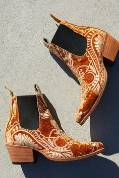 Shop our Ps Kaufman x Lenni Western Boot at Free People.com. Share style pics with FP Me, and read & post reviews. Free shipping worldwide - see site for details.
