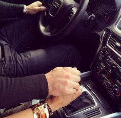♔Treat me like the princess I am or get lost Couple In Car, Couple Hands, Love Couple, Couple Goals, Couple Romance, Romance And Love, Relationship Goals Pictures, Couple Relationship, Relationships