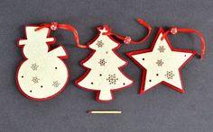Filcové vánoční ozdoby červeno-bílé
