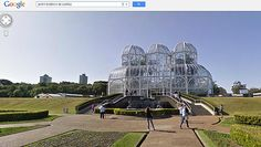 O Google anunciou nesta quinta (11/10) a inclusão de 35 atrações turísticas brasileiras no Street View. Segundo a empresa, para cobrir no país cerca de 100 cidades com o serviço, percorreu mais de 350 mil quilômetros com seus carros e bicicletas equipados com câmeras fotográficas. Confira a lista de locais e o link para diversos deles na Folha.