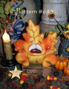 """Patti/'s Ratties Primitive Halloween Pumpkin Leaf Ghost 7/"""" Doll Paper Pattern 654"""