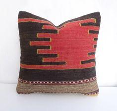 Ethnic Kilim Throw Cushion, Dark brown Sand and Red Decorative Kilim Pillow Cover, Vintage Turkish sham 40x40cm 16x16' Rustic Summer Decor