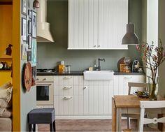 cucine-ikea-mobili-colore-bianco-top-legno-cappa-aspirante-acciaio ...