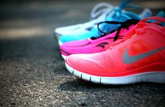 running tips from an awesome running coach PLUS how to train for a 5k...