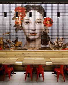 The concept of the restaurant comes from combining the nostalgic aspects of Asian heritage within the pop culture urban context. Spanning the interior of the restaurant is the series of feature walls, which surround the seating area. Design Café, Cafe Design, Store Design, Creative Design, Cafe Bar, Cafe Shop, Restaurant Interior Design, Cafe Interior, Interior Ideas